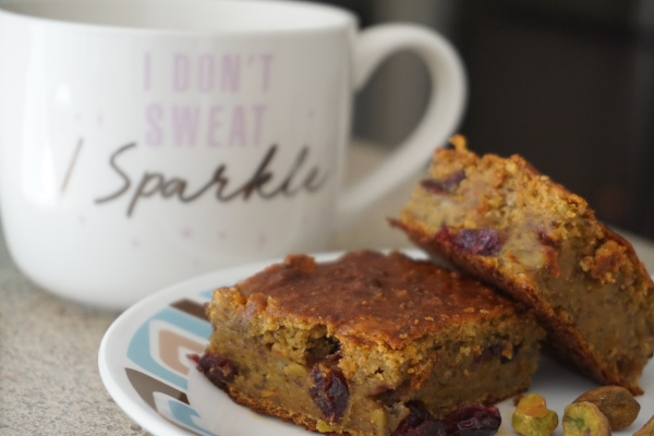 Eggless Whole Wheat Pistachio Cranberry Cake – No oil, no butter bake