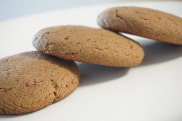 Whole Wheat And Finger Millet (Ragi) Chocolate Cookies